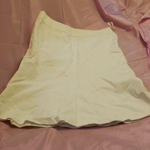 Beautiful Kasper skirt